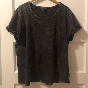 Gunmetal grey and white t-shirt 2X